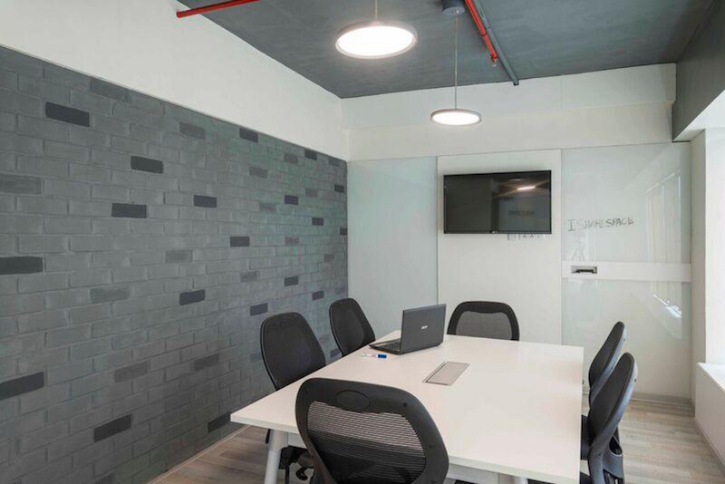 IShareSpace Bangalore coworking space business center kowrk conference room