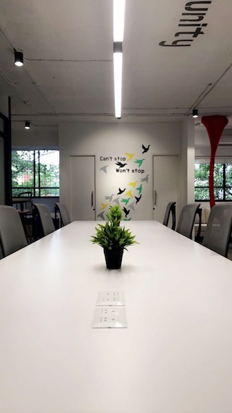 Coworking Space Lajpat Nagar, Near Axis Bank Kowrk