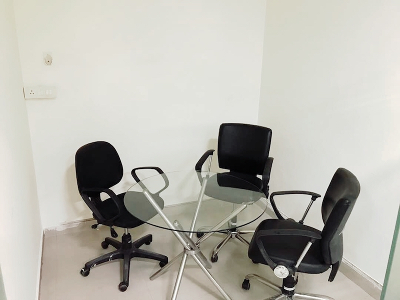 Coworking Space Noida Near HDFC Bank Kowrk